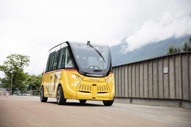 Driverless Vehicles Begin Test Runs on Public Roads in Switzerland