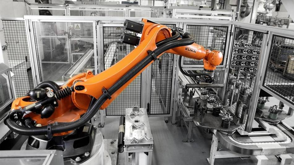 KUKA Robot and Binspect Vision System Optimize Unloading of Tubes for Axle Production