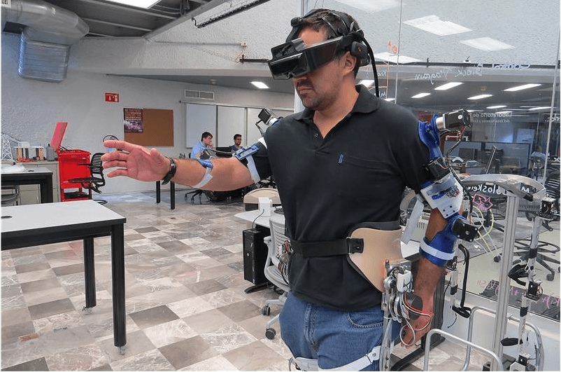 Innovative Exoskeleton Uses Artificial Intelligence and Augmented Reality to Rehabilitate Specific Parts of the Body