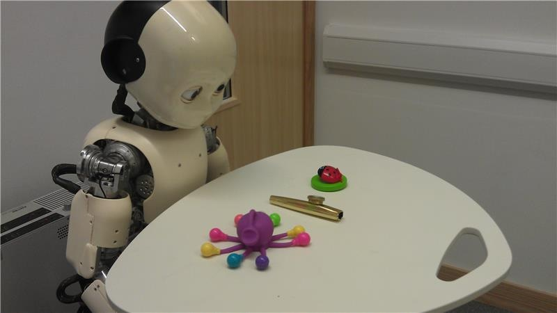 iCub Humanoid Robot Helps Solve Mystery of How Young Children Learn New Words
