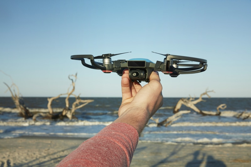 DJI's First Mini Drone Captures Special Moments Based on User's Hand Gestures