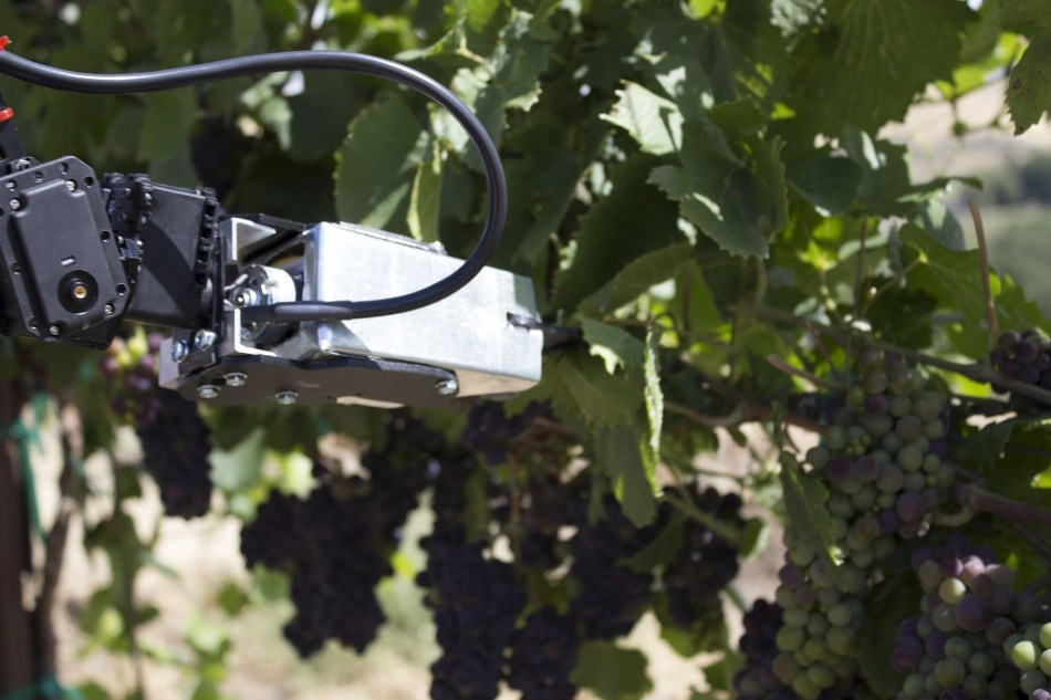 Virtual Reality Operated Robot to be Demonstrated at 2017 FutureFarm Expo