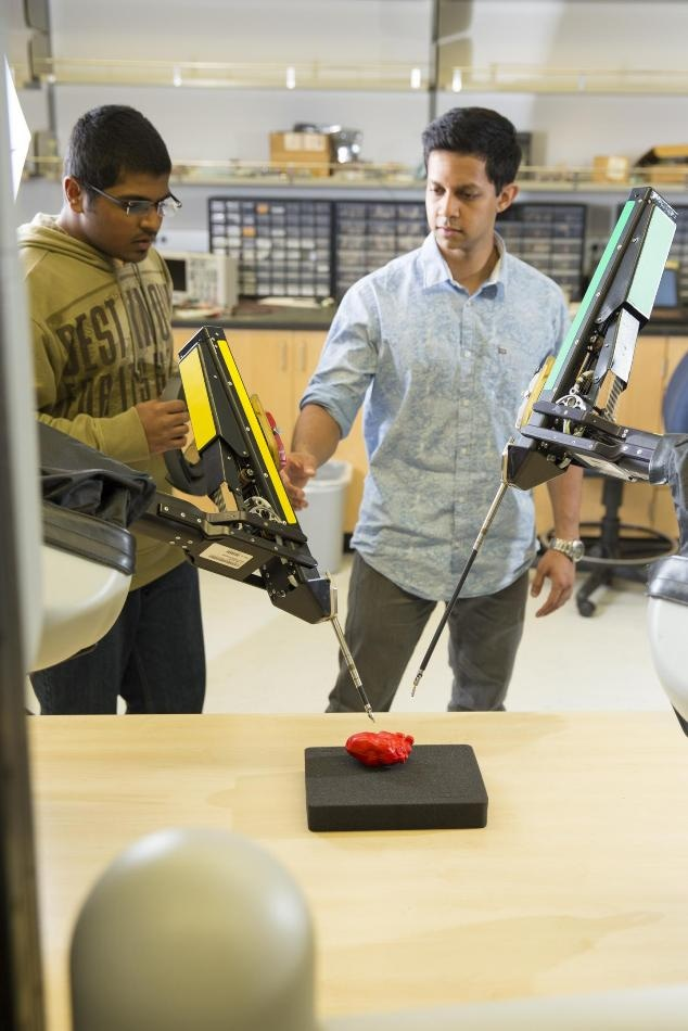 Faster Detection Collision Algorithm Could Enable Robots to Perform Better in Tasks that Require Assistance