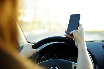 AI Cameras Used in Australia to Catch Mobile Phone Usage When Driving