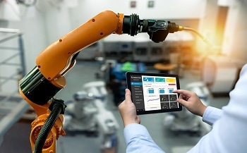 HRG Unveils Industrial Robotics Tutorial App to Enhance Robot-Operating Skills
